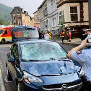 Frau rast in Menschenmenge - Mehrere Schwerverletzte (Foto)