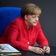 Merkel übernimmt Verantwortung für BAMF-Missstände (Foto)