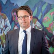 Bundesverkehrsminister fordert Rückruf für 774.000 Daimler (Foto)