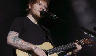 Nach der Absage in Düsseldorf verlegt Ed Sheeran jetzt sein Konzert am 22. Juli 2018. (Foto)
