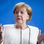Merkel unter Druck! Zerbricht die Union an Seehofers Asyl-Masterplan? (Foto)