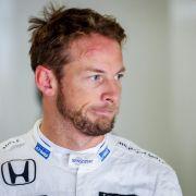 Jenson Button hat sich wieder verlobt.