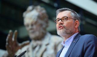 SPD-SchatzmeisterDietmar Nietan ruft die Partei zum Sparen auf. (Foto)