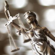 Bürger sollen mit einer Musterfeststellungsklage leichter vor Gericht ziehen können.