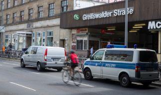 Im Stadtteil Prenzlauer Berg in Berlin wurden drei Menschen verletzt. (Foto)