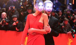 Stefanie Giesinger und Marcus Butler bei den 67. Internationalen Filmfestspielen in Berlin im Februar 2017. (Foto)