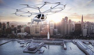 """Ein """"Zeitreisender"""" behauptet, in der Zukunft gäbe es fliegende Autos. Gar nicht so abwegig: Daimler entwickelt den """"Volocopter"""" genau zu diesem Zweck. (Foto)"""