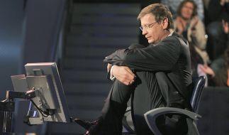 """Günther Jauch sitzt bei """"Wer wird Millionär?"""" fest im Stuhl. Wer es als Kandidat in die Sendung schaffen will, sollte bei der Bewerbung auf Einiges achten. (Foto)"""
