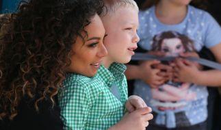 Lilly Becker (42) mit ihrem Sohn Amadeus (8). (Foto)
