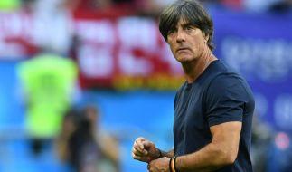 Wie geht es für Bundestrainer Joachim Löw nach der WM-Schmach weiter? (Foto)