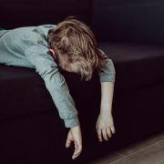Mann prügelt Stiefsohn (10) tot - weil er schwul ist (Foto)
