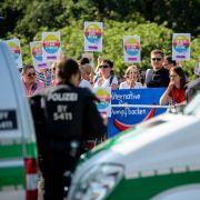 """Parteitags-Ergebnisse: Wunsch nach einer """"Festung Europa"""" und """"Merkel muss weg!"""" (Foto)"""