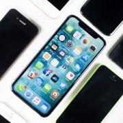 HIER werden Facebook und WhatsApp kostenpflichtig (Foto)