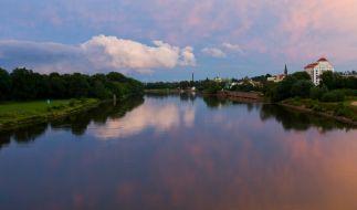 Die Elbe im Abendlicht. (Foto)