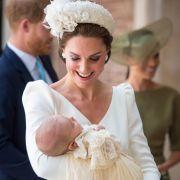 Ein freudiger Tag für die Royals: Prinz Louis wurde im Alter von elf Monaten getauft.