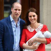 Kate Middleton und Prinz William präsentierten ihren neugeborenen Sohn Louis am 23. April 2018 der Weltöffentlichkeit.