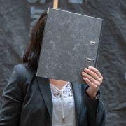 Opfer in Mordprozess beschuldigt sich plötzlich selbst (Foto)
