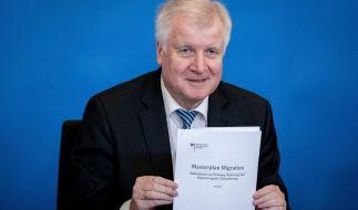 """Horst Seehofer legt seinen """"Masterplan Migration"""" vor. (Foto)"""