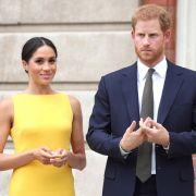 Als Herzogin von Sussex scheint sich Meghan Markle von alten Gewohnheiten verabschiedet zu haben - jetzt spricht sie plötzlich britisches Englisch!