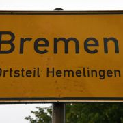 Eltern von drei kleinen Kindern in Bremer Wohnung tot aufgefunden (Foto)