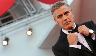 Sorge um George Clooney: Wie geht es dem Hollywoodstar nach seinem Roller-Unfall auf Sardinien? (Foto)