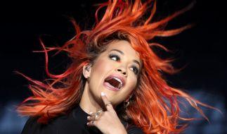 Rita Ora versext ihre Fans. (Foto)