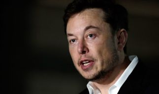 Elon Musk leistete sich auf Twitter einen heftigen verbalen Ausrutscher. (Foto)