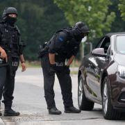 Polizisten entscheiden per Münzwurf über Verhaftung! (Foto)