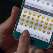 DIESE Emojis verschicken Deutsche am liebsten! (Foto)