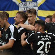 Blamage für die Gastgeber! Braunschweig siegt bei FC Carl Zeiss mit 0:2 (Foto)