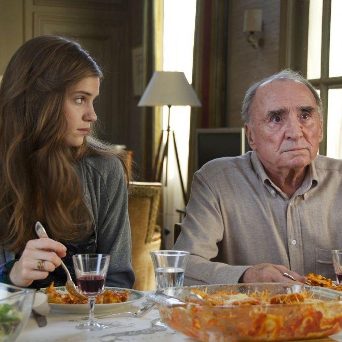 Auch als Wiederholung bitterböse! Griesgram-Rentner spinnt Familienintrige (Foto)