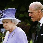 Queen Elizabeth II. stinksauer!Prinz Philip für tot erklärt (Foto)