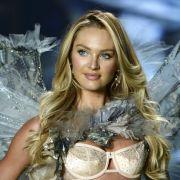 Fans flippen aus! Supermodel turnt unten ohne (Foto)