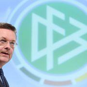DFB-Präsident Reinhard Grindel hat sich nach dem Rücktritt von Mesut Özil erstmals öffentlich geäußert.