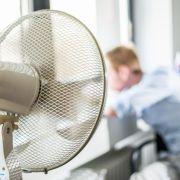 DARUM sind Ventilatoren nachts eine Gefahr (Foto)