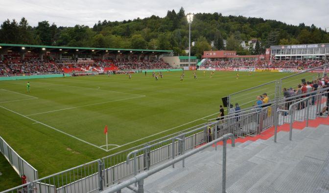 Würzburg gegen Rostock im TV