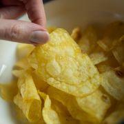 Vorsicht, feurig! Chips gehen plötzlich in Flammen auf (Foto)