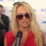Pamela Anderson verrät Details aus ihrem Sexleben.