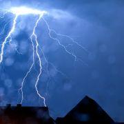 Unwetter rollen an! HIER krachte es die Sommer-Hitze weg (Foto)