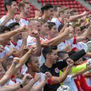 Die stärksten Szenen aus SSV Jahn Regensburg gegen Hamburger SV (Foto)