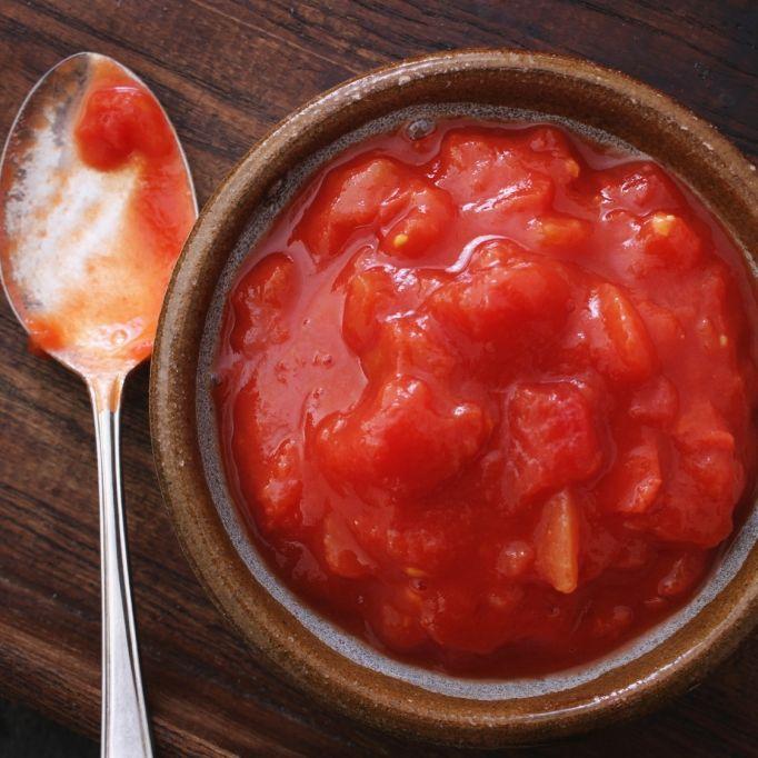 Finger weg! Plastikteile in Lidl-Tomaten entdeckt (Foto)