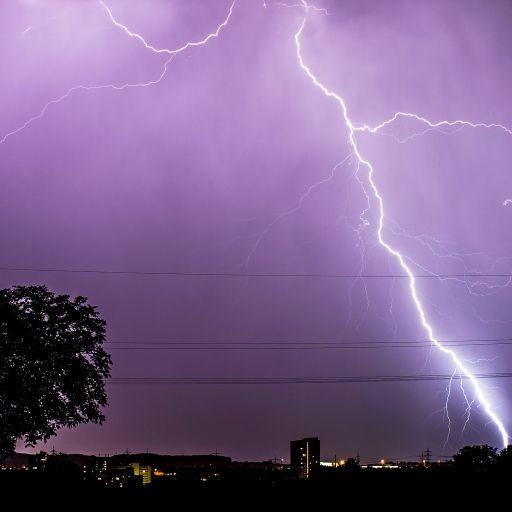 Gewitter und Starkregen! HIER kühlt es sich ab (Foto)