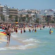 Urlauber in Panik! Blauhai vor Cala Domingos gesichtet (Foto)