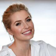 """""""Wahnsinns-Beine!"""" Topmodel verführt Fans im sexy Einteiler (Foto)"""