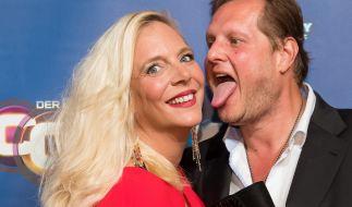 Der Kult-Auswanderer Jens Büchner und seine Frau Daniela müssen zurück ins RTL-Sommerhaus. (Foto)