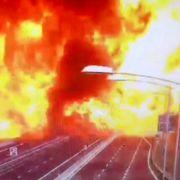 Video zeigt Flammen-Inferno auf Autobahn (Foto)