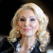 HIER zieht die TV-Blondine wieder blank (Foto)