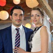 Am selben Tag ging es für Emily (Höfer) Badak und Tayfun Badak vor den Traualtar. Nicht die letzte Hochzeit für die schöne Emily...
