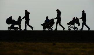 Immer mehr deutsches Kindergeld fließt ins Ausland. Zig Betrugsfälle nicht ausgeschlossen. (Foto)