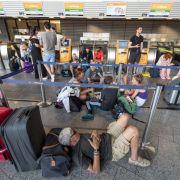 Wegen eines Gewitters hat der Flughafen Frankfurt vorübergehend seinen Betrieb eingestellt.